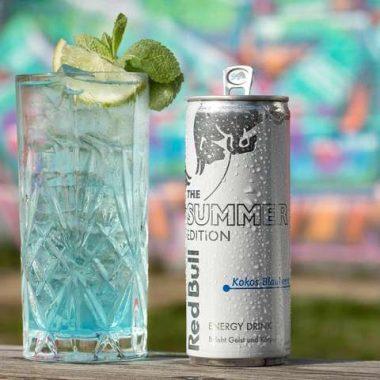 Vodka mit Red Bull Kokos-Blaubeere